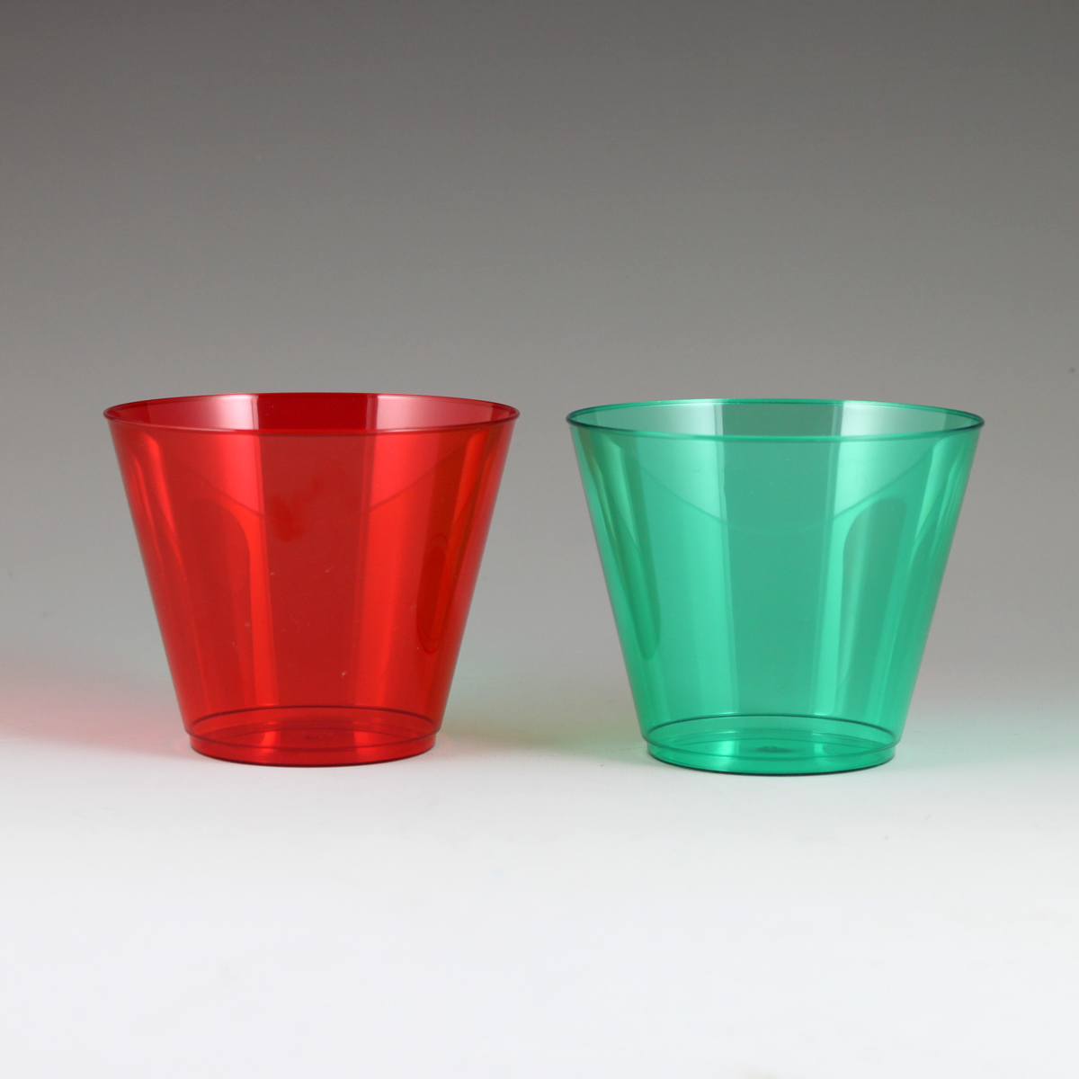 9 Oz Sovereign Tumbler 36 Red 12 Green Plastic Cups
