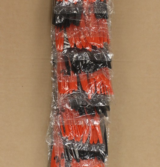 24 ct Sovereign Assorted Cutlery Halloween Clip Strip